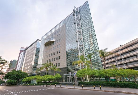 BLOM BANK Bldgpost - The vision to shape Lebanese banking